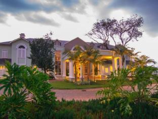 /hemingways-nairobi-hotel/hotel/nairobi-ke.html?asq=jGXBHFvRg5Z51Emf%2fbXG4w%3d%3d