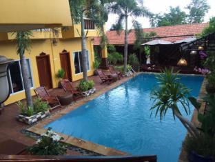 /ramchang-guesthouse/hotel/battambang-kh.html?asq=UN6KUAnT9%2ba%2b2VDyMl9jnsKJQ38fcGfCGq8dlVHM674%3d