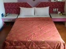 Adia Budget Hotel: guest room