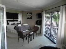 South Africa Hotel Accommodation Cheap | suite room