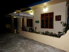 Najaf Lake View Guesthouse | Maldives Budget Hotels