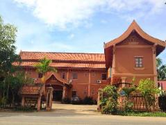 Hotel in Laos | Villa Phanom