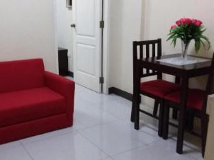 The Voyageurs Inn Manila - Interior