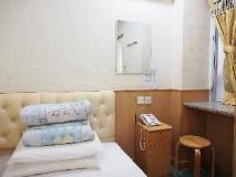 Lee Garden Guest House: guest room
