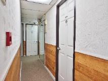 Lee Garden Guest House: interior