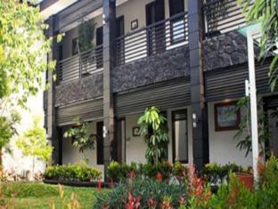 The Summit Siliwangi Hotel
