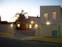 Coronata20 Bed and Breakfast   Cheap Hotels in Stellenbosch South Africa