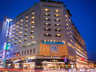 /twinstar-hotel/hotel/taichung-tw.html?asq=5VS4rPxIcpCoBEKGzfKvtBRhyPmehrph%2bgkt1T159fjNrXDlbKdjXCz25qsfVmYT