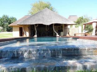 /fi-fi/muweti-bush-lodge/hotel/kruger-national-park-za.html?asq=vrkGgIUsL%2bbahMd1T3QaFc8vtOD6pz9C2Mlrix6aGww%3d