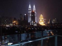 Cheap Hotels in Kuala Lumpur Malaysia | Hayat Stay At Setiasky Residence Condo