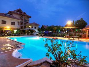/khemara-battambang-i-hotel/hotel/battambang-kh.html?asq=UN6KUAnT9%2ba%2b2VDyMl9jnsKJQ38fcGfCGq8dlVHM674%3d