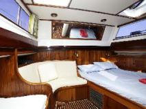 Hotel Sailing Yacht Meta IV by Burma Boating: guest room