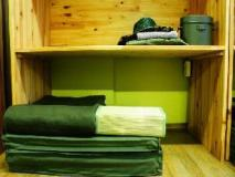 Military Guesthouse: guest room