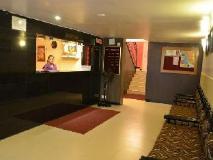 Hotel Blessings: lobby