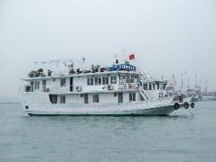 Halong Sunrise Cruise | Halong Budget Hotels