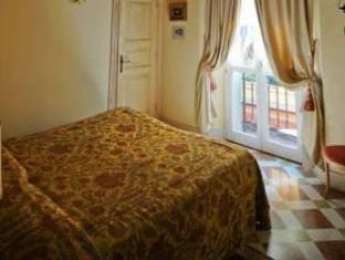 /albergo-delle-drapperie/hotel/bologna-it.html?asq=jGXBHFvRg5Z51Emf%2fbXG4w%3d%3d