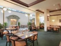 Bayview Eden Hotel: restaurant