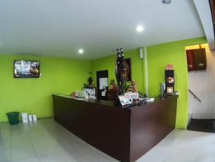 Hotel 48 Room-for-Rent Kuching - Reception