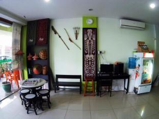 Hotel 48 Room-for-Rent Kuching - Lobby