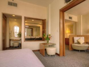 Alpha Genesis Hotel Kuala Lumpur - Penthouse Suite - Living Area