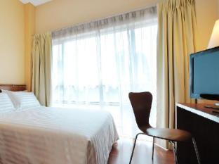 Alpha Genesis Hotel Kuala Lumpur - Queen Bed