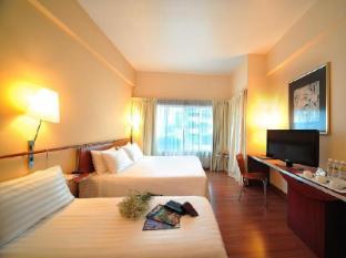 Alpha Genesis Hotel Kuala Lumpur - Deluxe Quad
