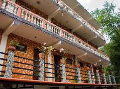 Nagarkot Bed And Breakfast | Nepal Budget Hotels