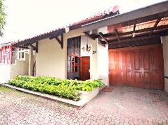 De Kapten Setiabudi Cottage Indonesia