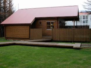 /akureyri-h-i-cottages/hotel/akureyri-is.html?asq=9Ui%2fbpCihIwldOcvCvnaAJIO0JqGHdjf0cSyaSnOR9r63I0eCdeJqN2k2qxFWyqs