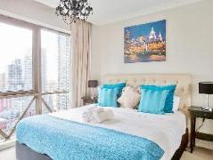 Australia Hotel Booking | Melbourne Luxury CBD Apartment