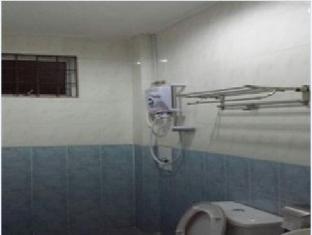Eden Staycation Apartment Kuching - Bathroom