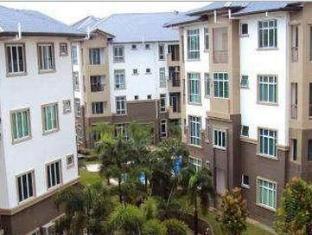 Eden Staycation Apartment Kuching - Exterior