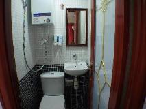 Cebu Hostel: bathroom