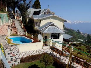 Central Nirvana Resort