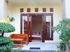 Citrus Tree Bed and Breakfast - Shana | Indonesia Budget Hotels