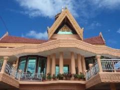 Boran Southa Guesthouse Cambodia
