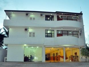 /hu-hu/lanka-beach-hotel/hotel/negombo-lk.html?asq=5VS4rPxIcpCoBEKGzfKvtE3U12NCtIguGg1udxEzJ7kOSPYLQQYTzcQfeD1KNCujr3t7Q7hS497X80YbIgLBRJwRwxc6mmrXcYNM8lsQlbU%3d