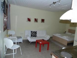 /krinio-s-studios/hotel/crete-island-gr.html?asq=vrkGgIUsL%2bbahMd1T3QaFc8vtOD6pz9C2Mlrix6aGww%3d