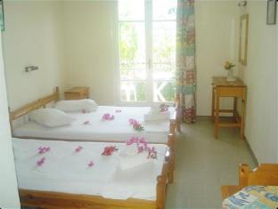 /villa-theodora/hotel/zakynthos-island-gr.html?asq=5VS4rPxIcpCoBEKGzfKvtBRhyPmehrph%2bgkt1T159fjNrXDlbKdjXCz25qsfVmYT