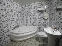 Goodstay  Aubeson Hotel: bathroom
