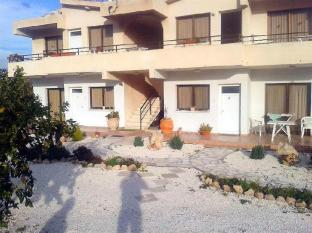 /arilena-holiday-apartments/hotel/paphos-cy.html?asq=GzqUV4wLlkPaKVYTY1gfioBsBV8HF1ua40ZAYPUqHSahVDg1xN4Pdq5am4v%2fkwxg