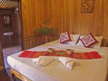 Apple Guesthouse: guest room