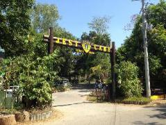 Hotel in Philippines Subic (Zambales) | Jungle Environment Survival Training Jest Camp Dormitory