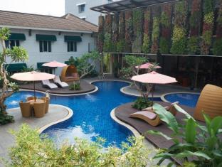 Patra Jasa Bandung Hotel