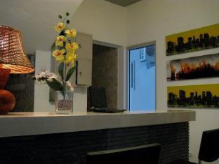 Oasis Studio Hotel Dua