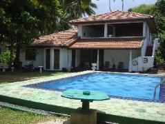 Sea Spray Terrace | Sri Lanka Budget Hotels