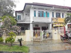 Malaysia Hotels | Little Nature Penang Guesthouse