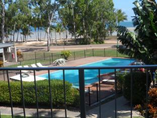 /arcadia-village-motel/hotel/magnetic-island-au.html?asq=jGXBHFvRg5Z51Emf%2fbXG4w%3d%3d