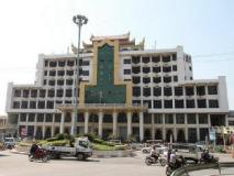 Paragon Hotel: nearby transport