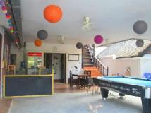 LPQ Backpackers Hostel: entrance